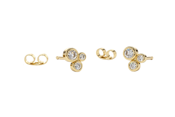 0.26 CT Round Cut Diamond and Gold Stud Earring