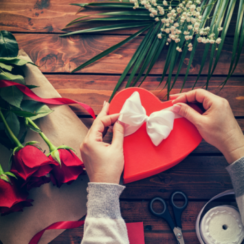 Valentine's Day Gifts: Show How Much You Love And Care Your Beloved!