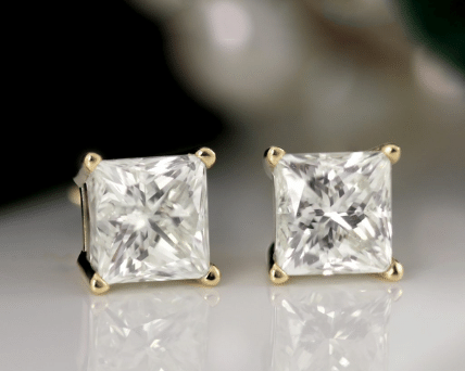 Must-Know Tips for Cushion Cut Diamond Stud Earrings